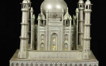 Fred Zimbalist, Swiss music box in the form of the Taj Mahal