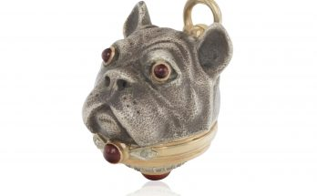 SILVER, GOLD AND ENAMEL DOG HEAD PILL BOX