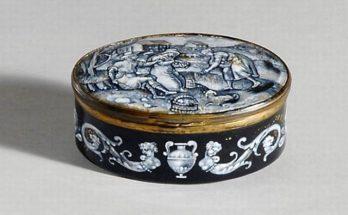 Limoges Gilt-Metal Mounted Enameled Covered Box